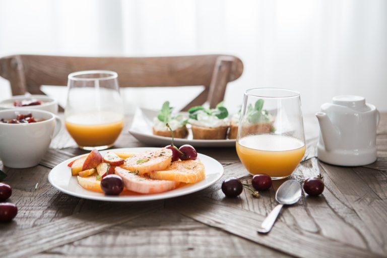 Jak naučit děti snídat?